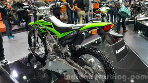 Rasio Kawasaki 150 Racing kawasaki klx 150bf rear quarter at 2015 thailand motor expo indian autos
