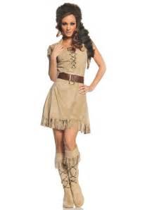women halloween costume ideas wild frontier woman costume