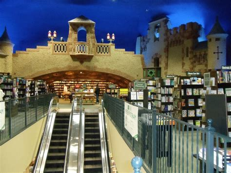 Barnes And Noble Minneapolis chateau theatre now a barnes and noble bookstore in rochester minnesota i stumbled across it