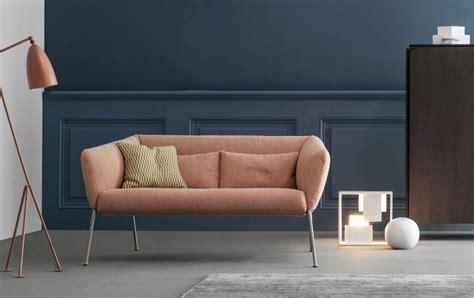 divanetti piccoli divani piccoli grandi pregi divani moderni