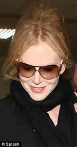 female actresses with hair thinning nicole kidman reveals bald patch and thinning hair as she