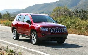 2013 jeep compass latitude 4x4 test motor trend