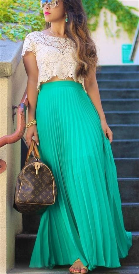maxi skirt lace crop top fashion trends