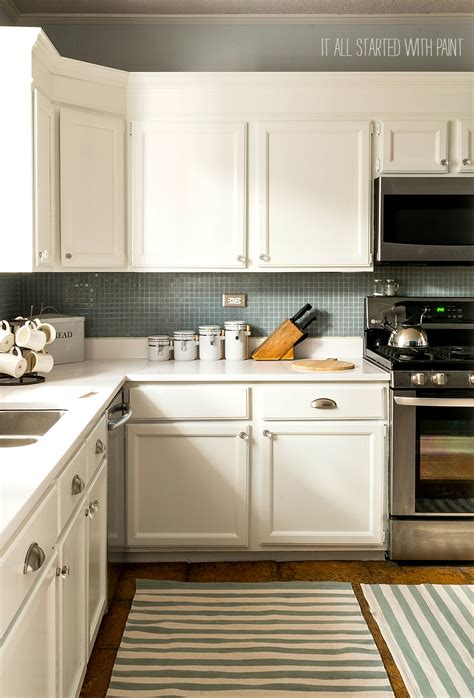 Kitchen Cabinets With Countertops by Colors For Kitchen Cabinets And Countertops Quicua