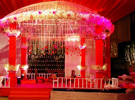 Big Wedding Decorations by Reshaping The Big Indian Wedding
