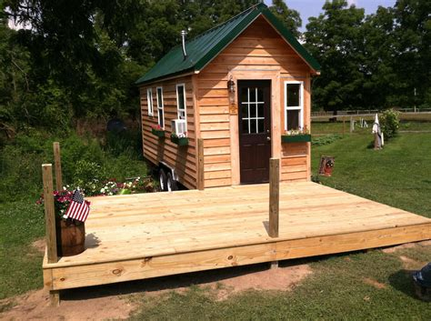 Tiny House Deck by Michigan Tiny House Swoon