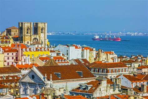 lisbon the best of lisbon for stay travel books best areas to stay in lisbon top districts and hotels