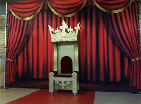 gordijnen huren rood gordijn backdrop showdoek showtime decordoek huren