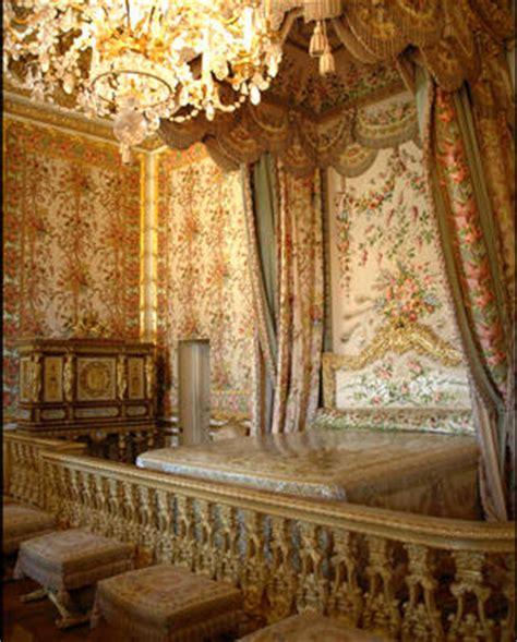 chambre de m騁iers versailles passage secret d 233 rob 233 e dans la chambre de la reine 224