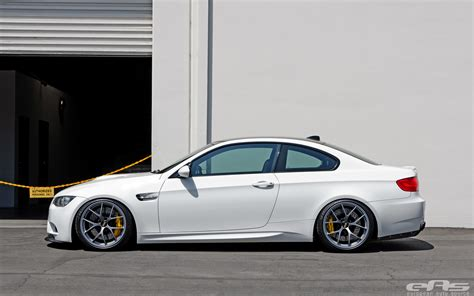 bmw slammed alpine white bmw e92 m3 gets slammed at eas autoevolution