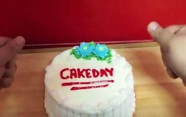 Tutorial Kue Unik | cara unik dan cepat memotong kue bolu tanpa menggunakan pisau