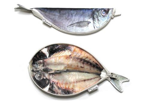 D Tk030 超仿真 鱼干笔袋 手摸后似有腥味 日本流