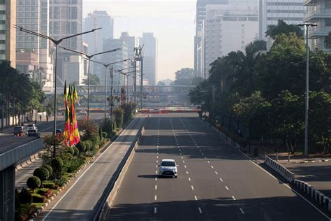 Monitor Jakarta city to monitor energy consumption of jakarta buildings city the jakarta post
