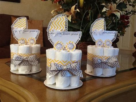 How To Make A Cake Centerpiece For Baby Shower by 17 Best Ideas About Baby Shower Centerpieces On