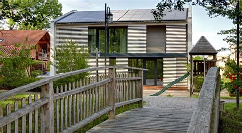 Lehmhaus Im Glashaus by Sonnleitner Functionality Haus