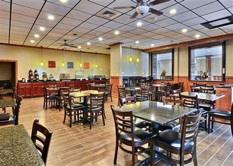 comfort inn triadelphia west virginia comfort inn triadelphia updated 2017 hotel reviews