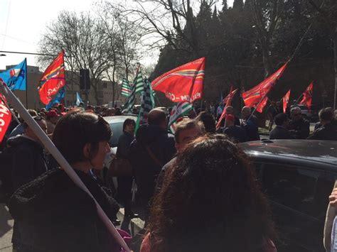 sede hera bologna ccnl gas acqua alta adesione allo sciopero di oggi