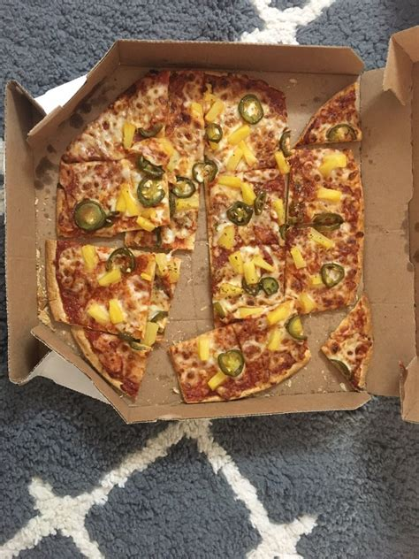 domino pizza sudirman park domino s pizza 19 reviews pizza 3201 state route 27