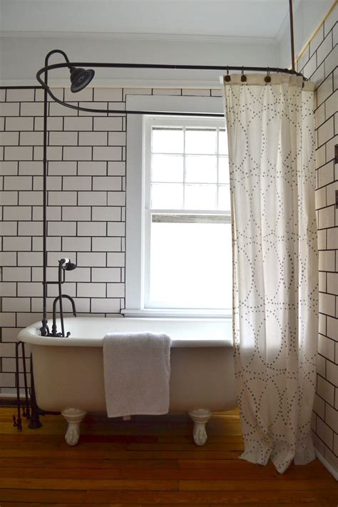 shower curtains for clawfoot bathtubs 2 shower curtains for clawfoot tub curtain menzilperde net