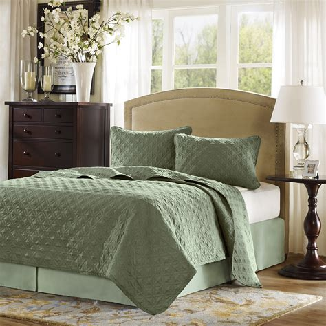 velvet coverlet hton hill velvet touch coverlet set