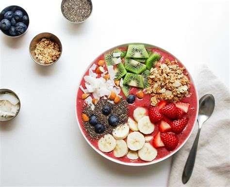 enlighten smoothie bowl  simple veganista