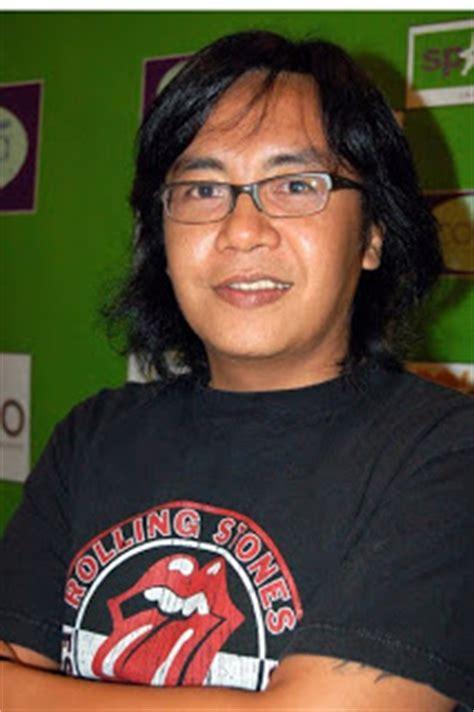 download mp3 ari lasso perjalanan panjang biografi ari lasso musisi indonesia