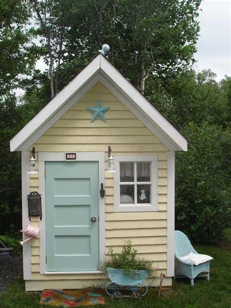 backyard cottage playhouse oh my love it molly needs a playhouse like this