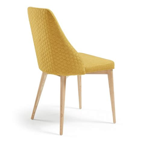 chaise moutarde chaise rosie moutarde kave home