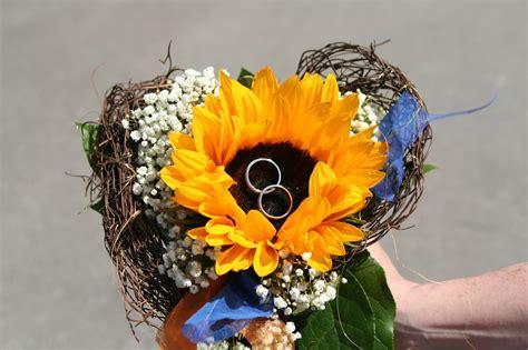 Sonnenblumen Tischdeko by Sonnenblumen Deko Hochzeitsberichte Heiratsantr 228 Ge Und