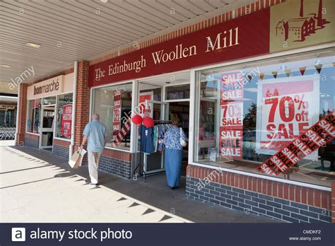 Minis Hit The High St by 25 July 2012 Recession Hit High Discounts