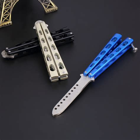 cool butterfly knife cool butterfly knives images