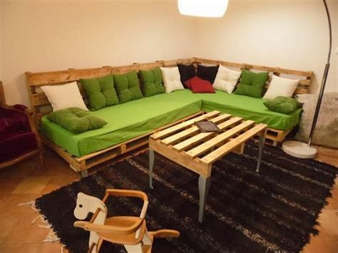 pallet living room pallet living room furniture plans diy home decor