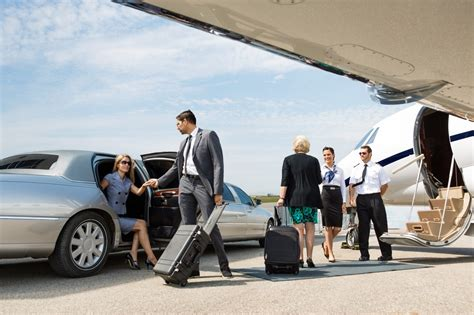Limo Service Bakersfield by Airport Transport Bakersfield Limousine And Transport
