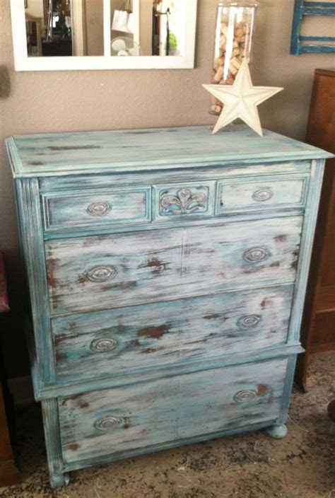 antique dresser using dixie chalk paint and real milk paint yes you can layer using both