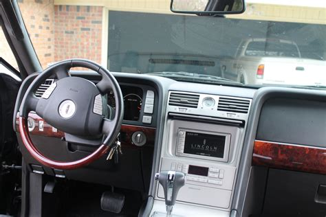2006 Lincoln Navigator Interior by 2006 Lincoln Navigator Interior Pictures Cargurus