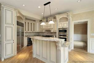 White Kitchen Cabinets by Antique Kitchens Pictures And Design Ideas