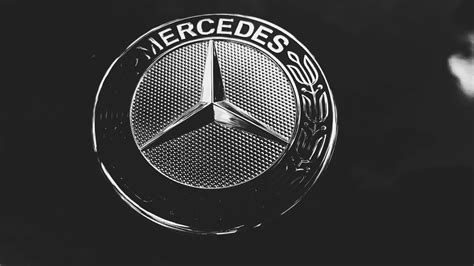mercedes logo black background mercedes benz logo wallpaper 62 images