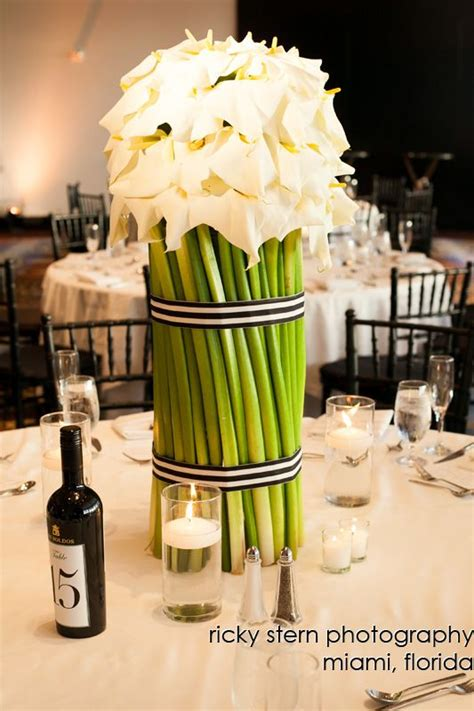 17 best ideas about centerpieces on calla