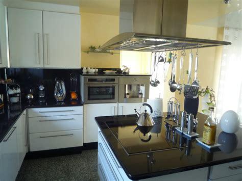 cuisine cuisson 238 lot central avec plaque de cuisson