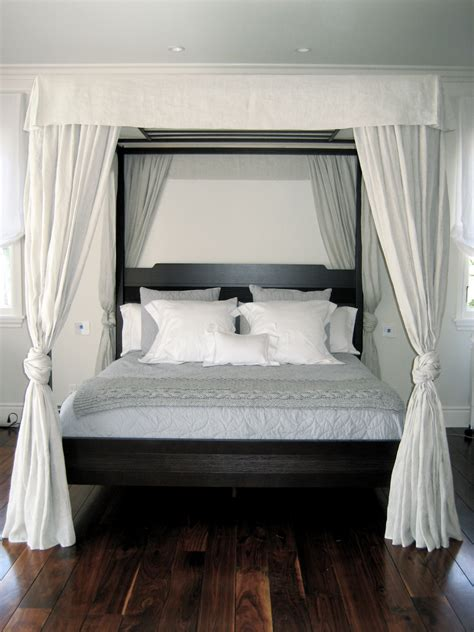 White Canopy Bed Frame Bedroom Canopy Bed Frame With White Curtain And Wood Bed Platform