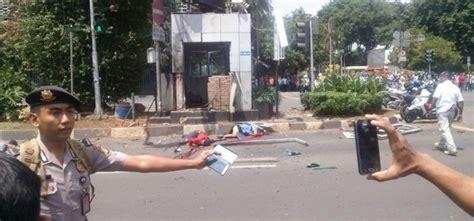 detiknews bom di thamrin foto video ledakan bom di sarinah jalan mh thamrin 3