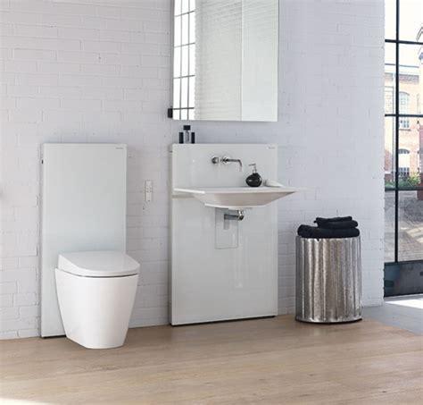 Geberit Badezimmer by Installation Eines Dusch Wcs Im Badezimmer Geberit Aquaclean