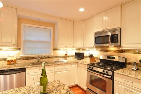 Kitchen Remodel White Cabinets Kitchen Remodel White Cabinets Tile Backsplash Undercabinet Lighting Island Traditional