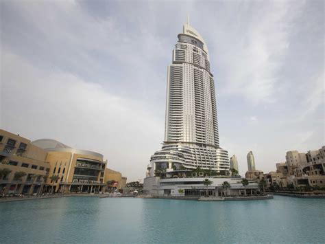 Downtown Dubai With The Dubai Shopping Mall On The Left Dubai Mall Business Insider