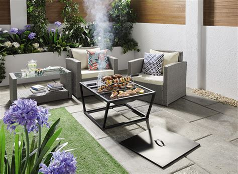 bargain garden furniture   day delivery