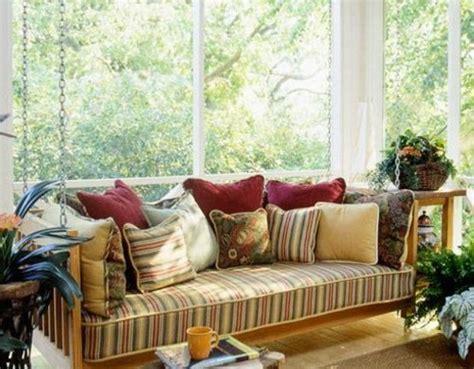 Schöne Gartenbänke veranda idee deko