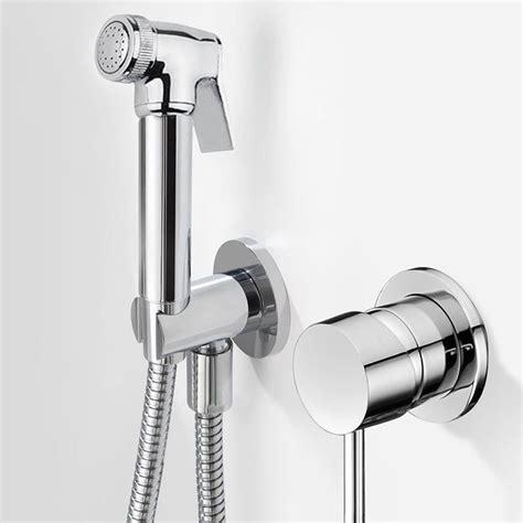 Robinet Pour Douchette Wc douchette hygi 233 nique design pour wc douchette wc chrom 233 e