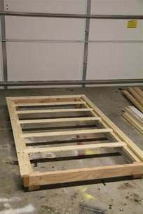Easy Diy Platform Bed Frame How To Build A Bed Frame With Trundle Woodworking