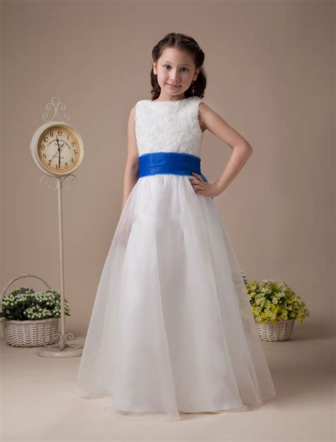 white dress with blue flowers navy blue and white flower dresses