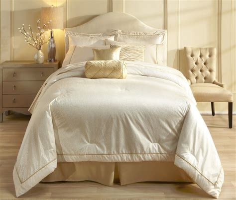 sofia by sofia vergara chagne dream comforter set